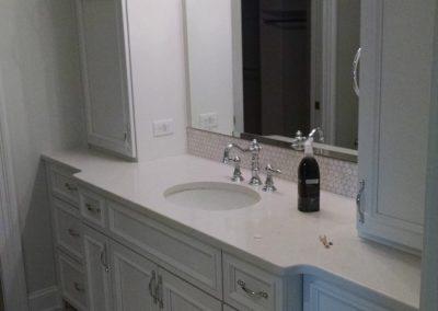 white single bowl master vanity